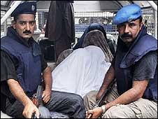 http://balochsarmachar.files.wordpress.com/2009/11/090803145759_police_van_226.jpg?w=600