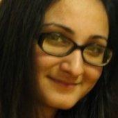 http://balochsarmachar.files.wordpress.com/2009/11/quratulain.jpg?w=170&h=184
